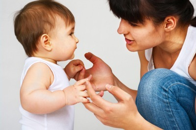 Бебето и детето – отглеждане и възпитание